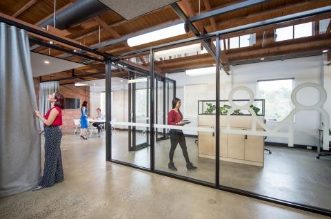 Room for meetings, workshops, studios