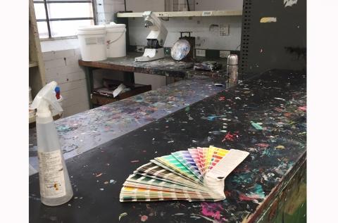 pigment colour mixing area
