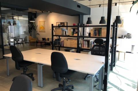 4 dedicated desks