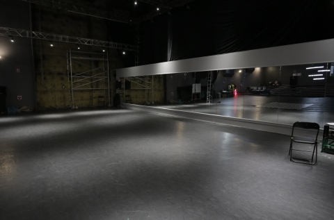 Stage Space O1