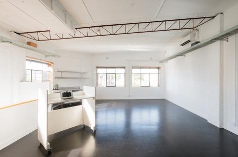 Photography Studio. Discounts for tenants