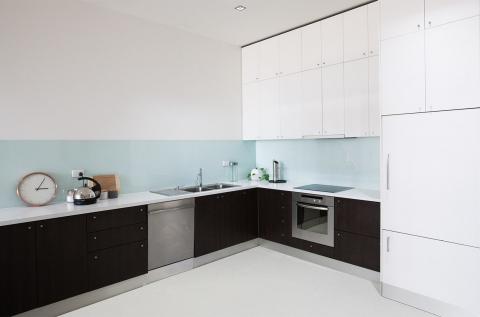 Shared kitchen amenities